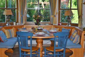 dining-room-1476060__340